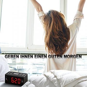 digital-fm-am-radiowecker-uhr-mit-nachtlicht-funktion-easy-snooze-dual-alarm-sleep-timer-anpassbare-helligkeitsregulierung-at-48-4